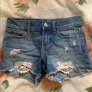 Jeans with lace